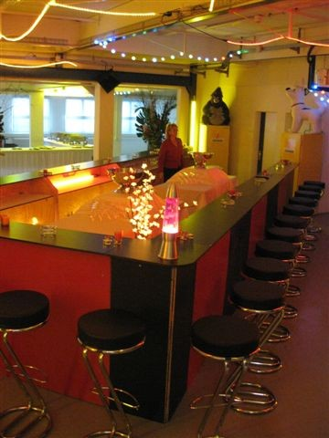 feature post image for Eine Bar mieten für Ihren Event vor Ort