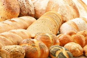 Im Brotbackkurs lernen, wie man leckeres Brot selber macht