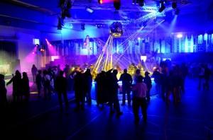 Bartheken, Event Mobiliar und Deko im Zürcher Oberland: Ganz einfach mieten bei openairBar.ch