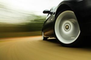 Nichts für schwache Nerven – Geschwindigkeit und Adrenalin im Renntaxi erleben!
