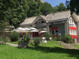 Upgrades für die Sound-of-Glarus-Lounge – Sonntags-Chillen im Klöntal