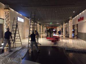 Shopping Arena St.Gallen: Festliche Weihnachts-Innenbeleuchtung eingeweiht