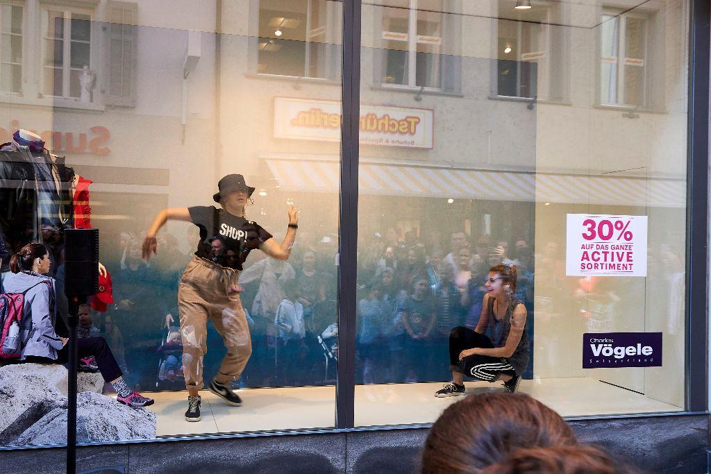 Tanzparcours 2017: Tanz im Schaufenster (Bildquelle: Kanton Luzern)