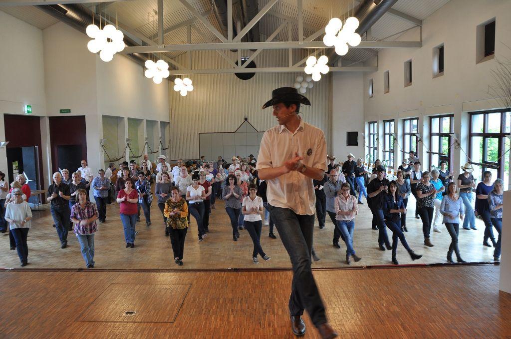 Linedance-Kurs in Reiden im Mai 2017 (Bildquelle: Kanton Luzern)