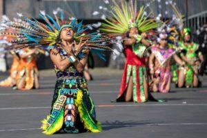 Die Azteken der Banda Monumental de Mexico, Mexiko.