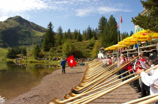 feature post image for 9. Alphorntreffen Seebenalp: Gesamtchor mit über 100 Alphörnern als Highlight