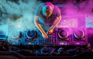 Keine Party ohne gute Musik – Tipps für den richtigen Sound auf Ihrem Event