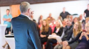 Die richtige Veranstaltungstechnik für das Firmenevent – unsere Tipps