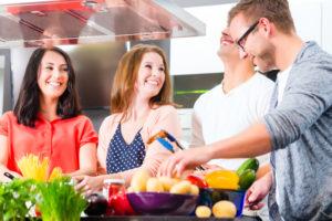 Die ultimative Hausparty feiern – mit kreativem Kochen