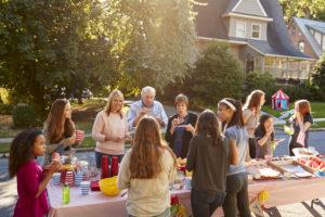 Nachbarschaftsfest - wenn die Strasse zur Festmeile wird