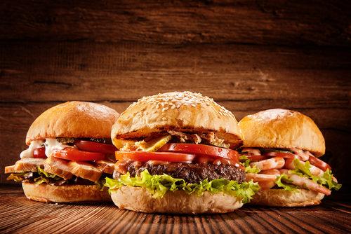 Das 2. Burger Festival Bülach auf dem Lindenhof findet vom 4. - 6. September 2020 statt.