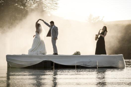 feature post image for Die 10 schönsten Hochzeitslieder in 2020
