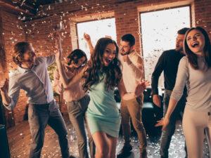 Partykeller einrichten und zu Hause feiern