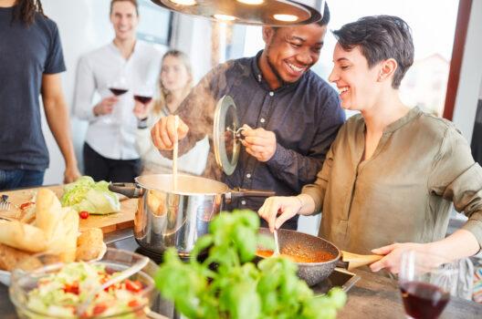 feature post image for Gemeinsam kochen – Küchenhygiene in Corona-Zeiten