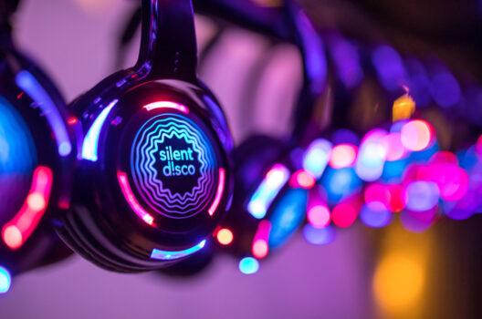 feature post image for Silent Disco – feiern ohne Lärm