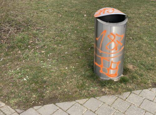 Versprayter Abfalleimer Quelle: Kantonspolizei Zürich
