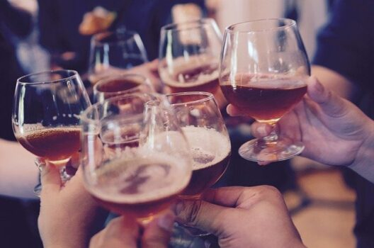 feature post image for Mottopartys mit Bar: So gelingt ihr Event!