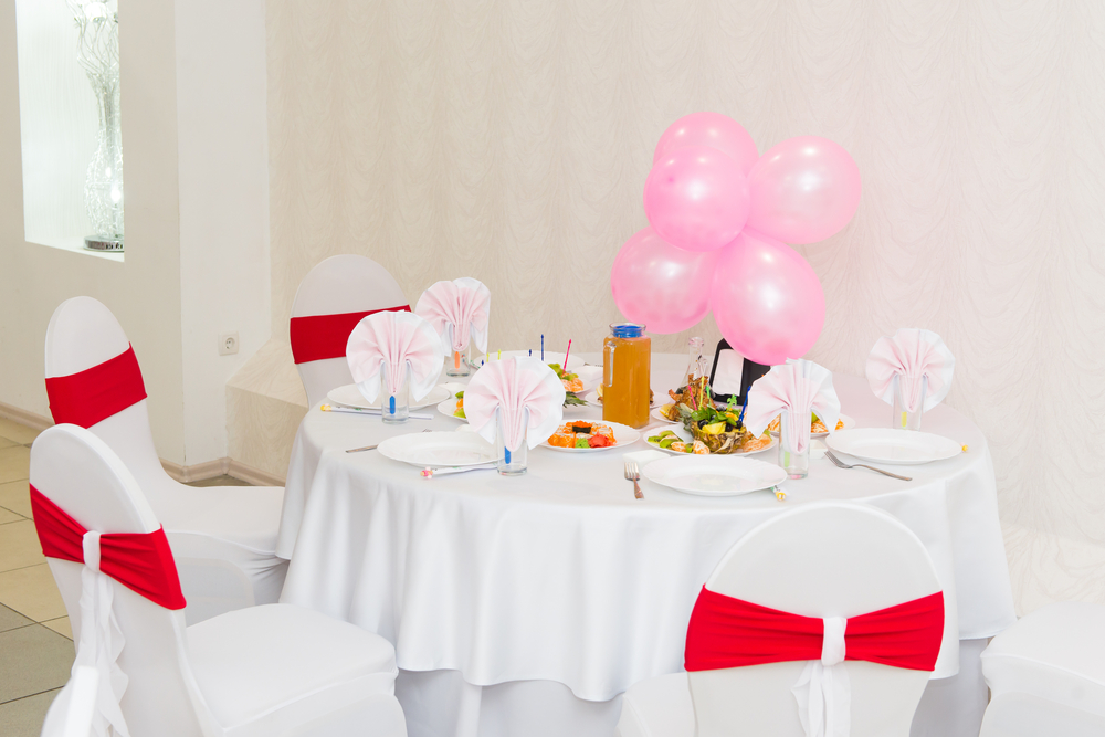 Kindertisch auf einer Hochzeit