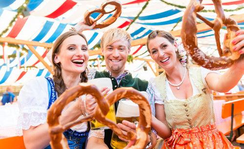 Die 1. Frühlings-Wiesn in Uster mit Grossem Biergarten findet vom 1. - 10. Mai 2020 statt.